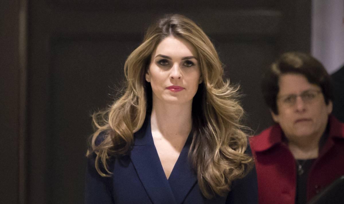 Dimite la directora de Comunicación de Trump tras admitir que contó