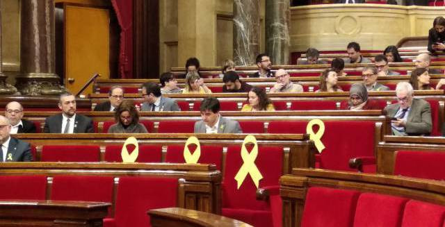 Catalan parliament approves Puigdemont's