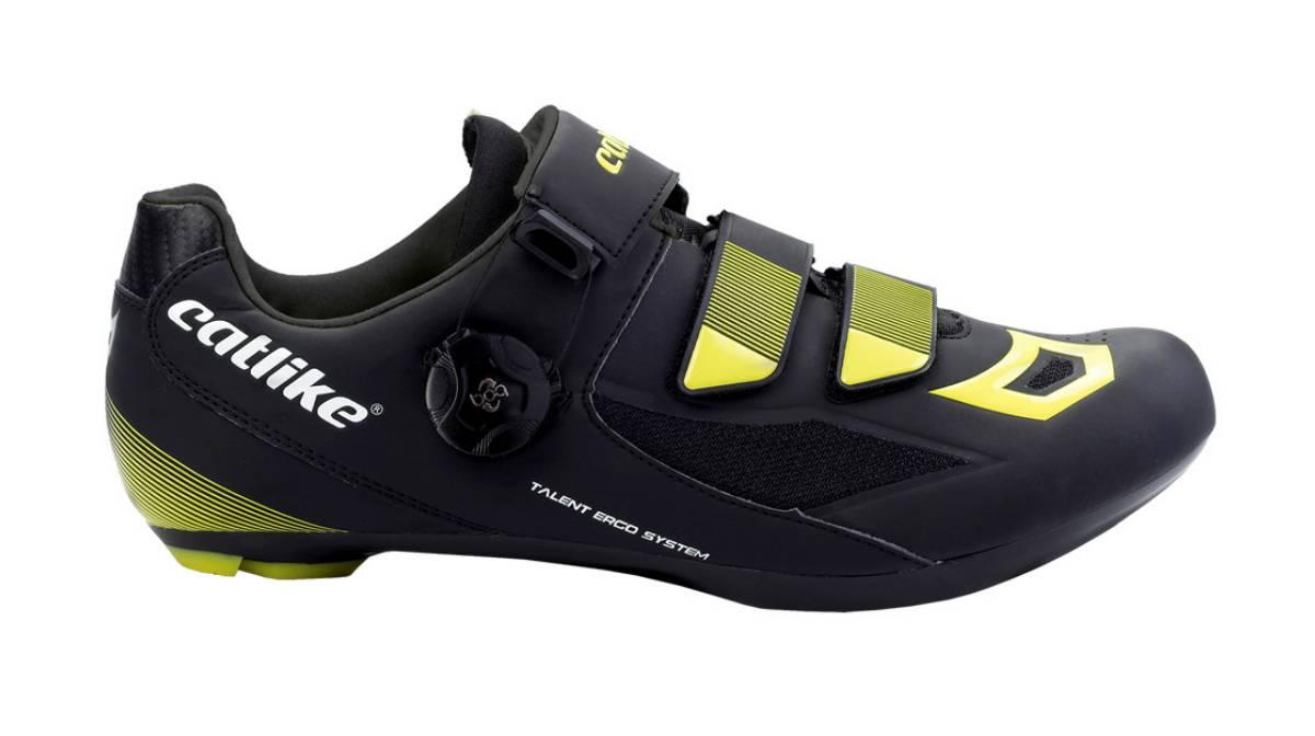 c87d644ff Las mejores ofertas en zapatillas, cascos y otros accesorios para la bici |  Escaparate | EL PAÍS