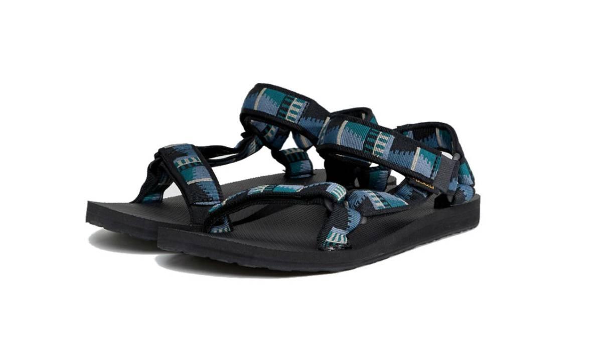 f0b35e0fb Las sandalias reconquistan al hombre