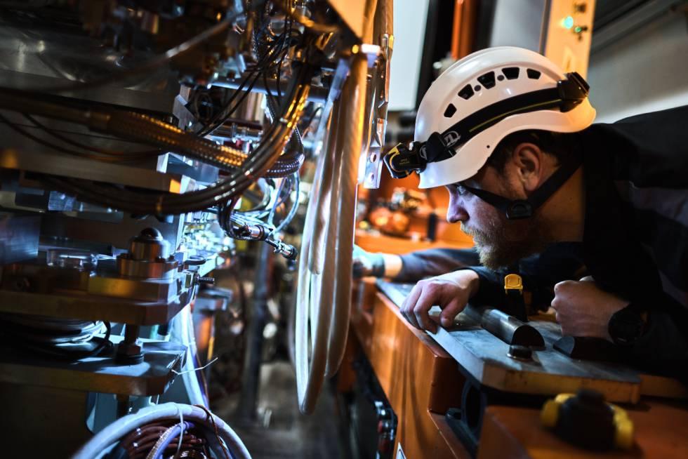 El mayor acelerador de partículas se actualiza para quintuplicar las  colisiones | Ciencia | EL PAÍS