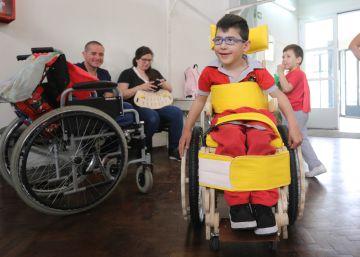 Una silla de ruedas a medida a la venta en ferreterías