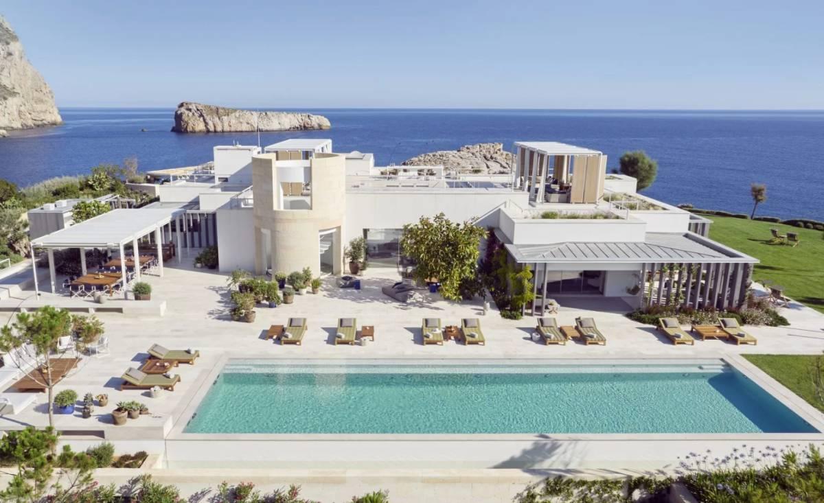Sa Ferradura: La villa turística más exclusiva de Europa es sostenible y está en Ibiza   Gente y Famosos   EL PAÍS