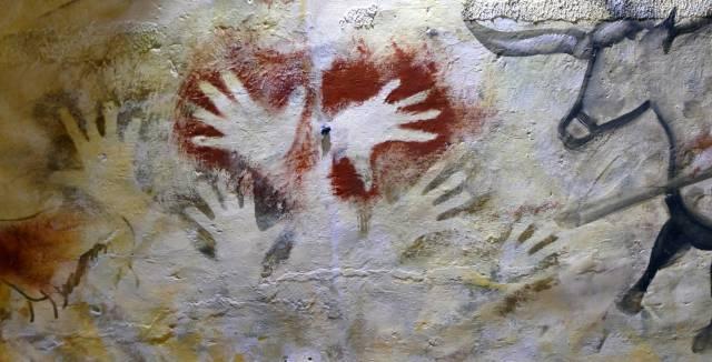 Three new prehistoric hand prints found inside Altamira cave in Spain
