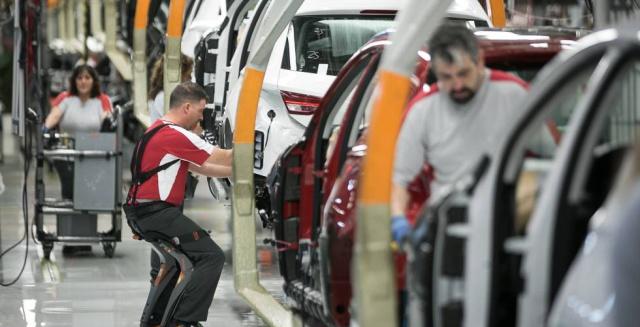 Spanish economy grew 2.5% in 2018, bucking euro zone trend