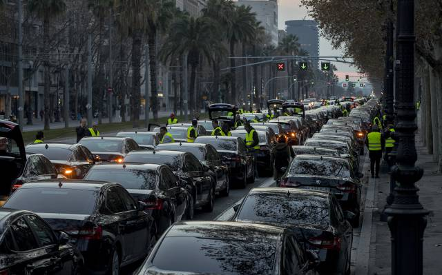 Uber, Cabify announce they are pulling their services out of Barcelona