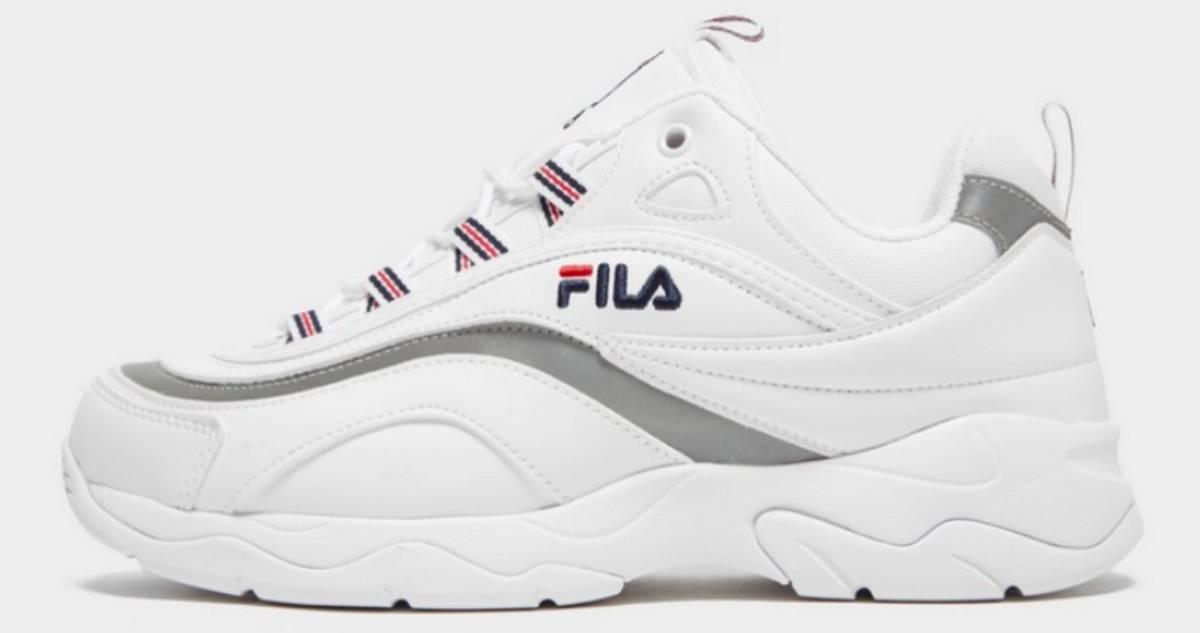 4eb8b42c Las zapatillas blancas no pasan de moda: modelos a buen precio para esta  primavera | Escaparate | EL PAÍS