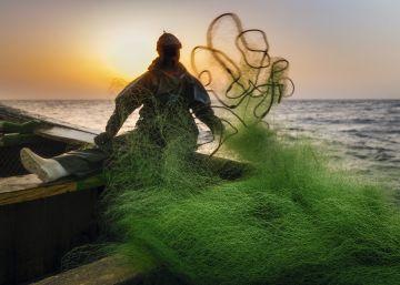 24 horas faenando con siete marineros en la costa de Senegal