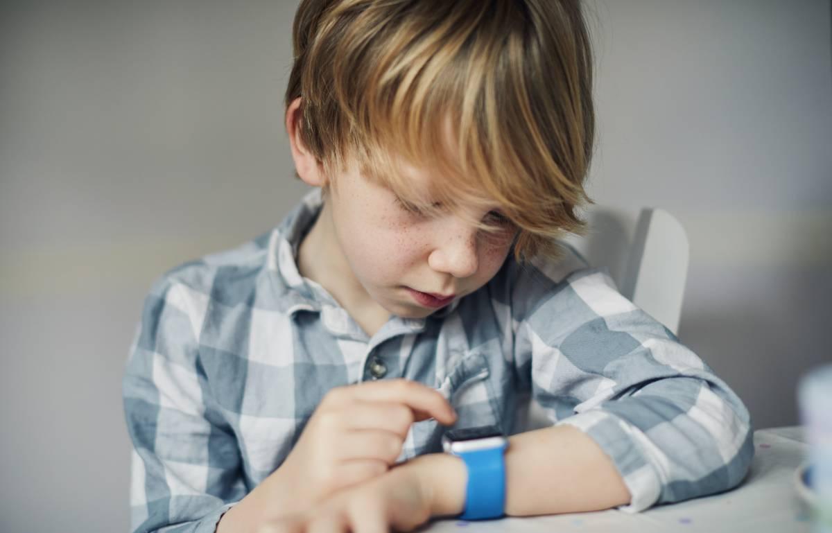 Analizamos los mejores 'smartwatches' y pulseras de actividad para niños