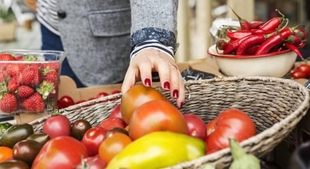 Las europeas de alto nivel educativo comen más fruta y verdura