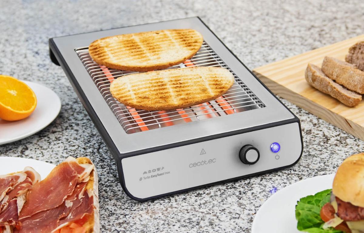 Prepara desayunos rápidos con este tostador horizontal rebajado al 50% y apto para todo tipo de pan