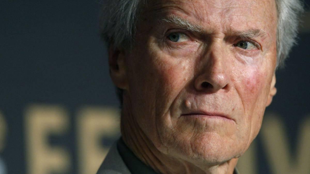 Clint Eastwood, tan grande como irregular