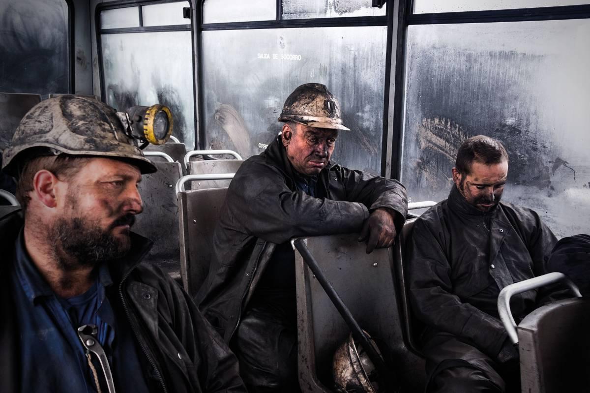 El carbón en la sangre, por Julio Llamazares