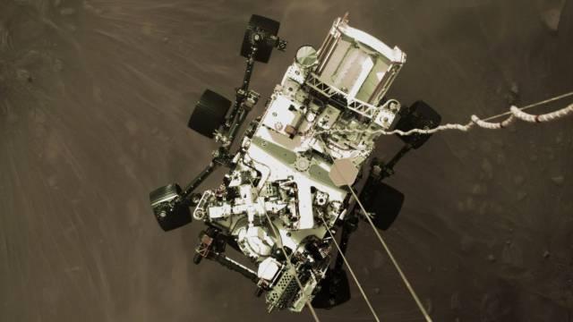 As primeiras imagens em cores de Marte feitas pela nave 'Perseverance'