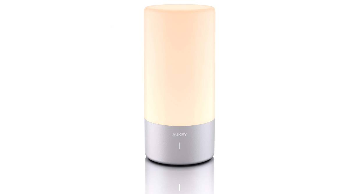 Lámpara de noche regulable Aukey por 28,99 €