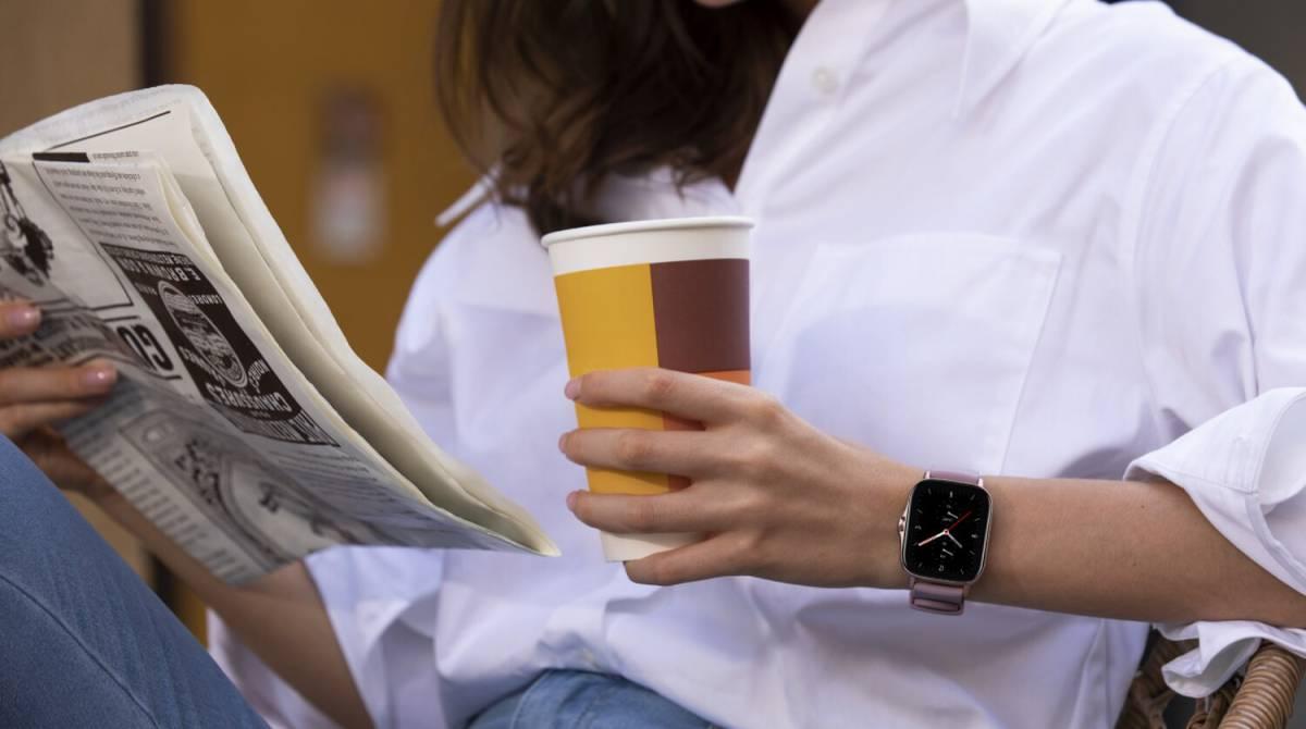 Ocho relojes inteligentes Amazfit, para hombre y mujer, rebajados hasta el 50% en AliExpress