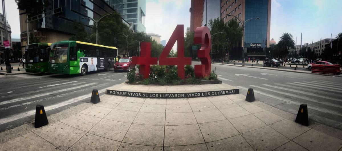 ¿Por qué lo llaman arte público cuando quieren decir monumento? Una conversación entre Rogelio López Cuenca y Jorge Ribalta