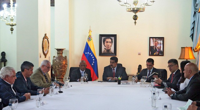 El Gobierno y la oposición acuerdan abrir un proceso de diálogo en  Venezuela | Internacional | EL PAÍS