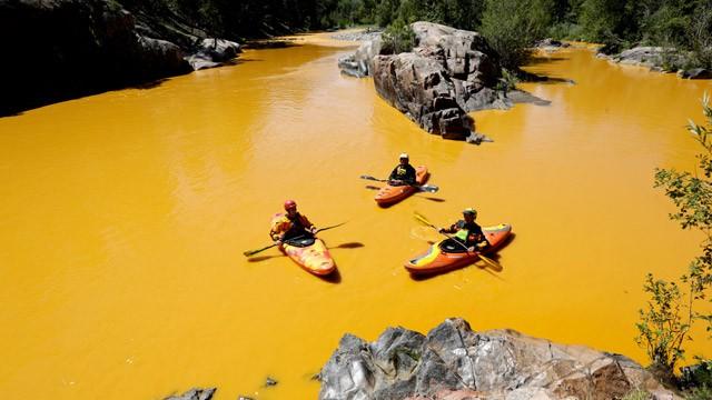 el río colorado se tiñe de amarillo internacional el paÍs