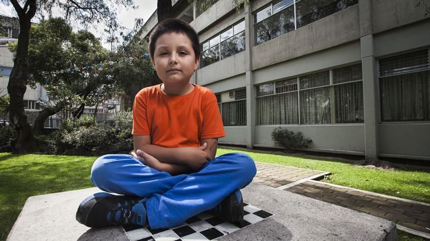 Unam un nio mexicano de nueve aos estudia qumica en la un nio mexicano de nueve aos estudia qumica en la universidad urtaz Gallery