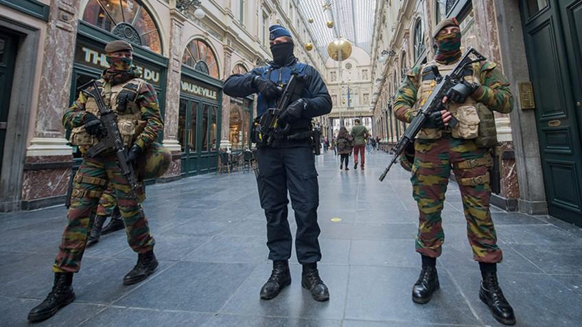 Resultado de imagen de bruselas en alerta