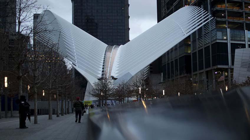 la estacin de calatrava abre al pblico de una manera discreta
