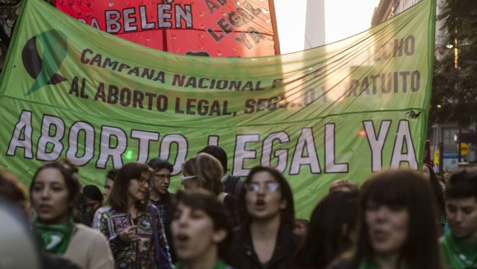 Marchas en Argentina para pedir la libertad de una mujer presa por ...