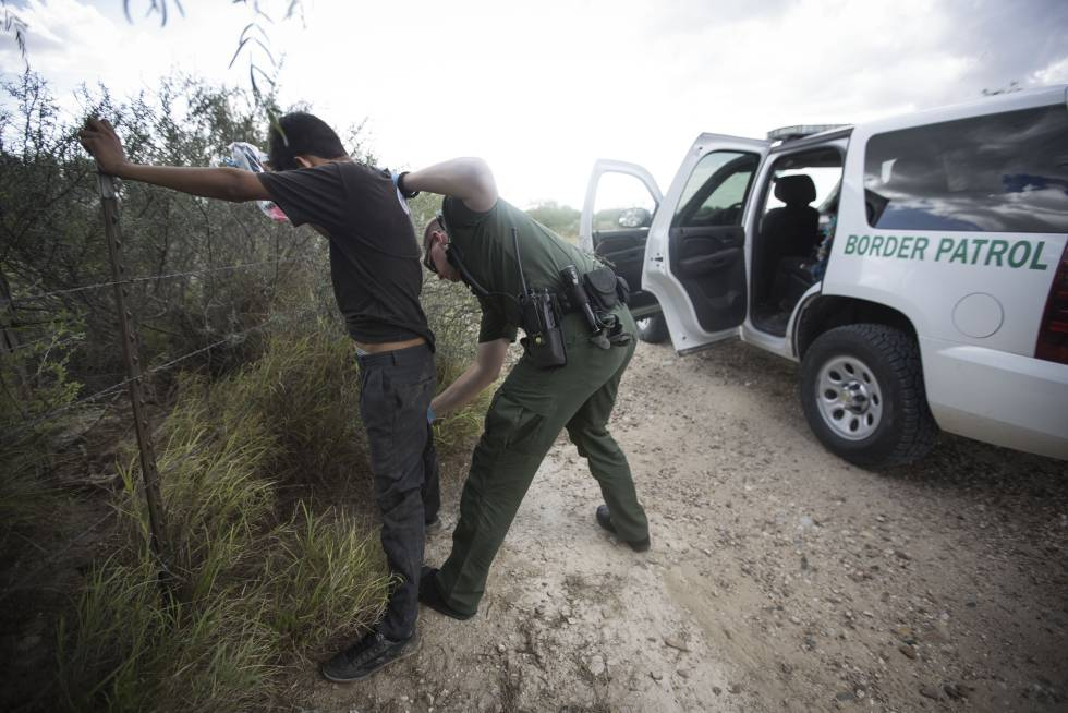Why the reality at the Mexican border doesn't match Donald