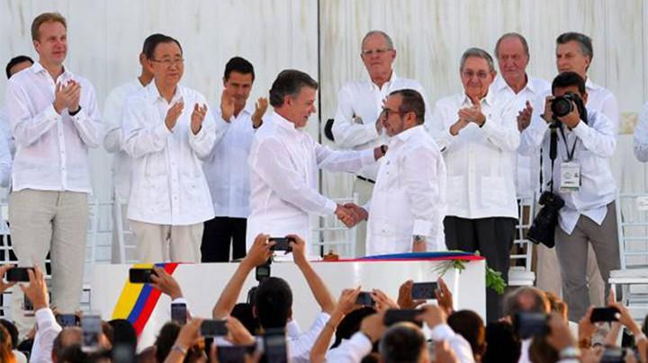 Acuerdo de Paz: Colombia entierra medio siglo de guerra | Colombia ...