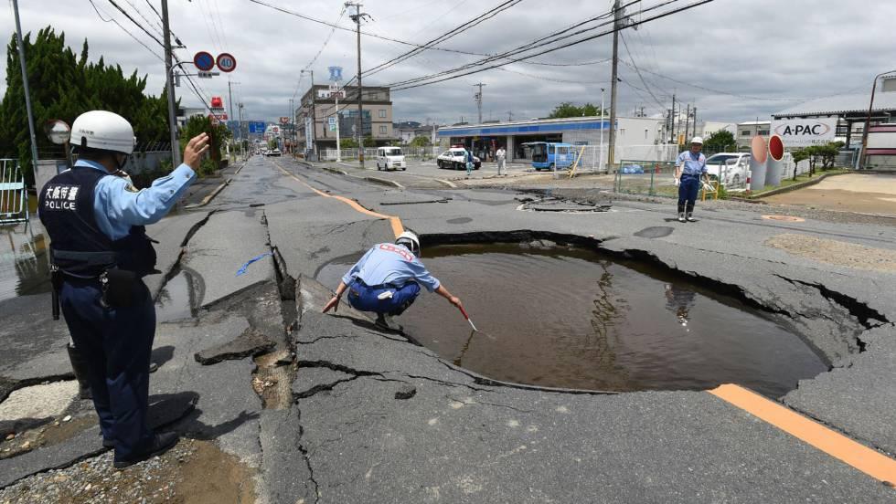 Un Terremoto De  En Japon Deja Al Menos Tres Muertos Y Decenas De Heridos Internacional El Pais