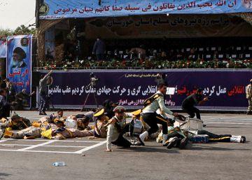 Irán acusa a los aliados de EE UU en el Golfo del ataque en un desfile militar