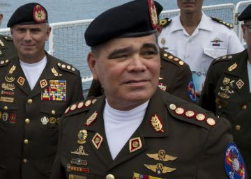 Trump dice que un golpe contra Maduro podría triunfar y redobla sus sanciones