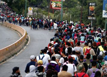Trump amenaza a México con enviar tropas a la frontera si no frena la caravana de migrantes