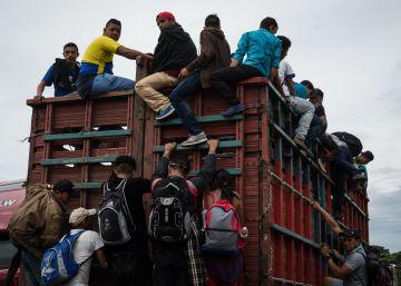 La caravana de migrantes, una carrera contrarreloj para cruzar a México