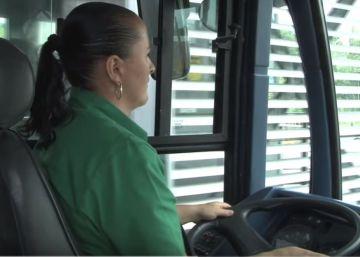 Emplear mujeres detrás del volante, un largo camino por recorrer