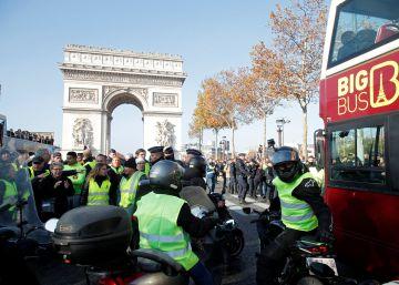 Una manifestante muere atropellada durante las protestas en Francia