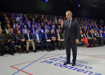 Duque defiende el arranque de su gobierno con un maratónico 'show' televisivo