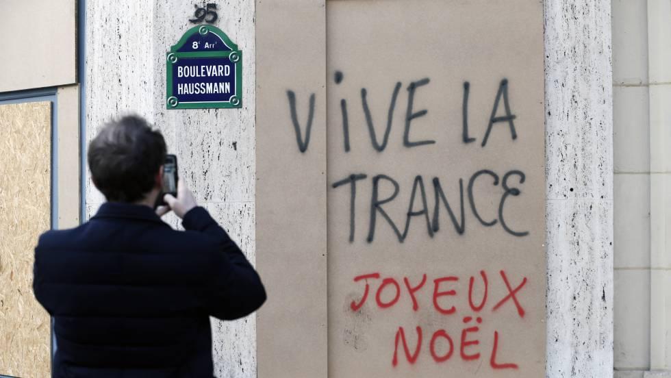 Resultado de imagen para París prevé una caída de la economía del 0,1% en el cuarto trimestre por la crisis de los 'chalecos amarillos'
