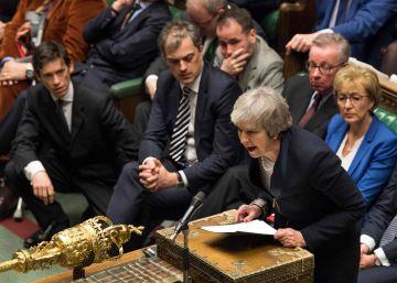El Parlamento británico aniquila el Brexit de May