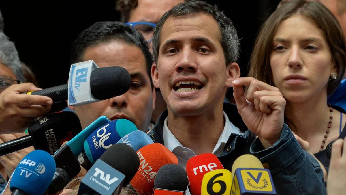Guaidó lanza una nueva movilización callejera contra Maduro