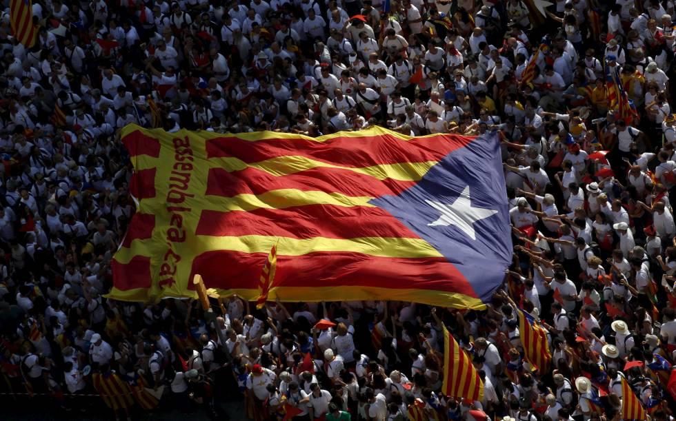 c89910bbb957c Referéndum de Cataluña  La  estelada