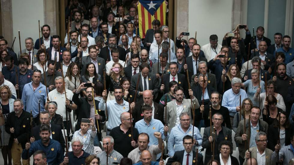 Resultado de imagen para La escasa representatividad del Parlamento catalan