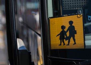 Once menores heridos leves tras salirse de la vía el autocar en el que viajaban