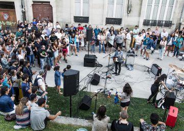Prohibida la música en directo en los locales de Santiago