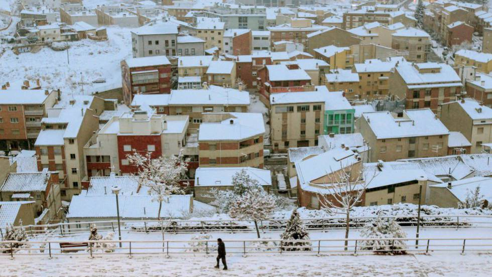 El Tiempo Fin De Semana Invernal Con Hasta 19 Grados Menos Y Nieve A 700 Metros