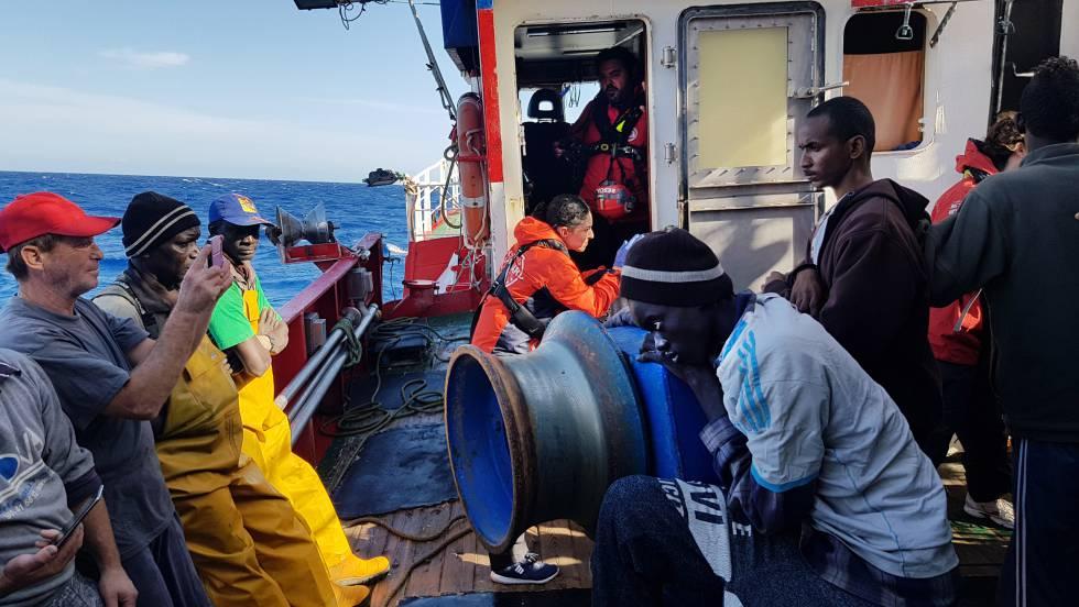 Nuestra Madre Loreto' fishing boat: Spain ignores pleas to