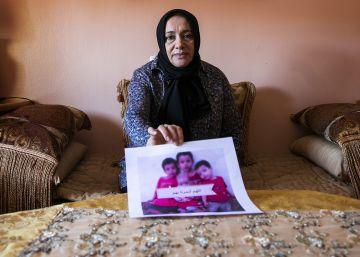 """""""Soy la abuela de los niños sin padres que han encontrado en Siria"""""""