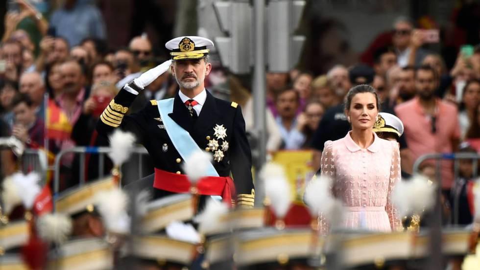 Resultado de imagen para Fotos del desfile militar de la fiesta nacional de España.
