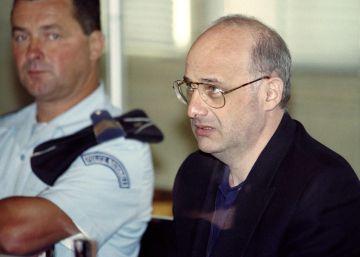Libertad condicional para el falso médico que mató a su familia e inspiró 'El adversario'