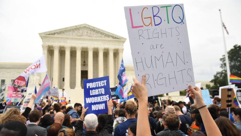 Dos Américas chocan en la última batalla por los derechos LGTB en el  Supremo | Sociedad | EL PAÍS